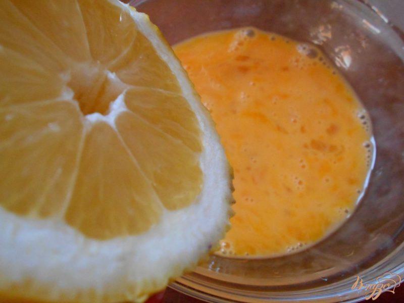 Лимонно-яичная смесь
